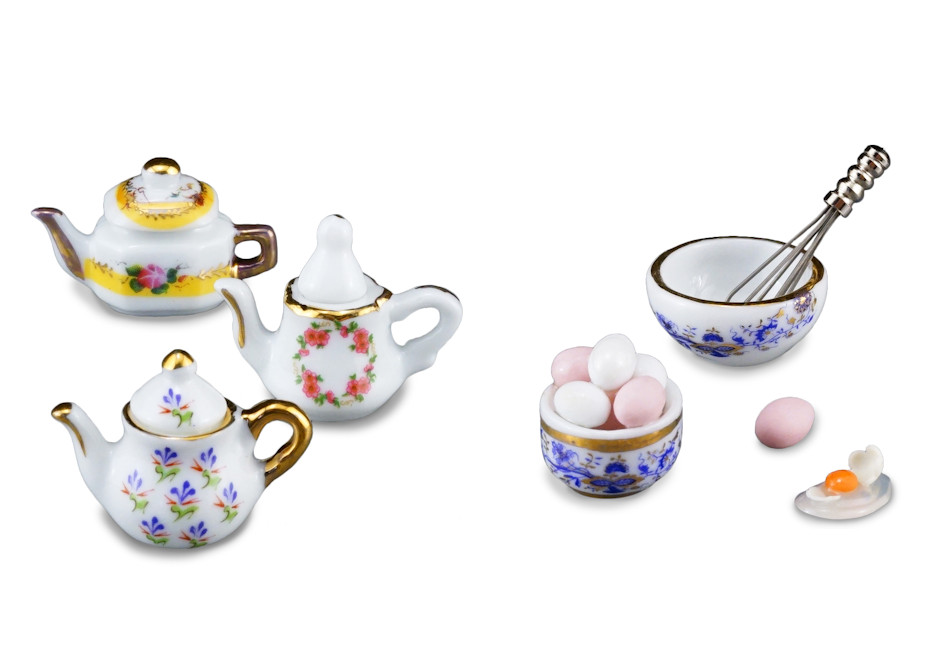 tea pots and eggs